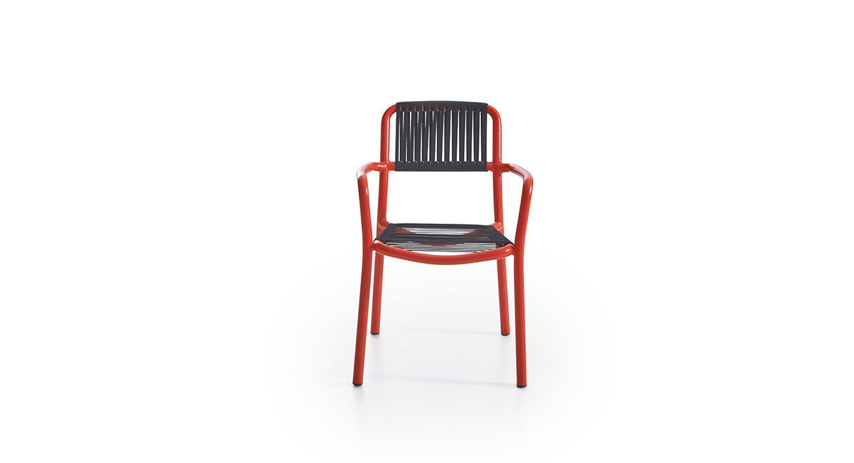 Bold Lounge Chair Ikon Furniture