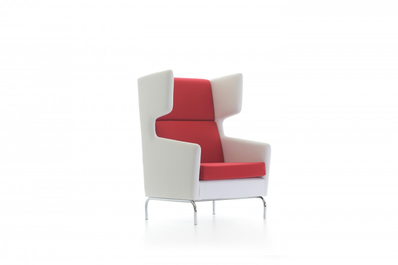 VERSIS-ARMCHAIR-IKON-FURNITURE-800x533